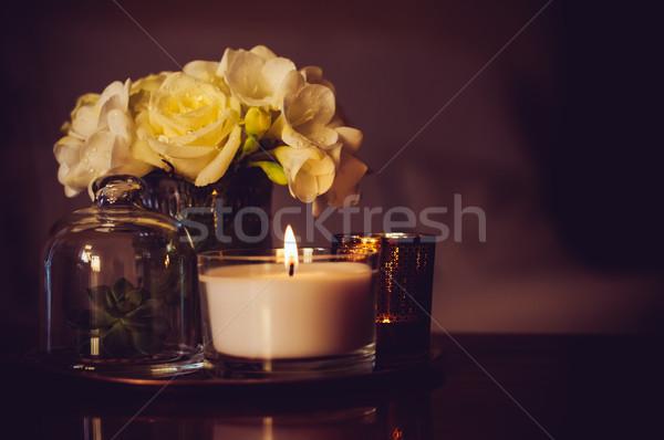 Lakberendezés asztal virágcsokor virágok váza gyertyák Stock fotó © manera