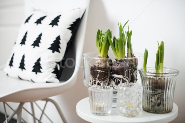 Foto stock: Mobiliário · branco · primavera · interior