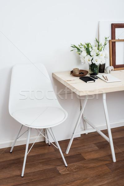 Stok fotoğraf: şık · iç · mimari · beyaz · Çalışma · alanı · büro · sandalye