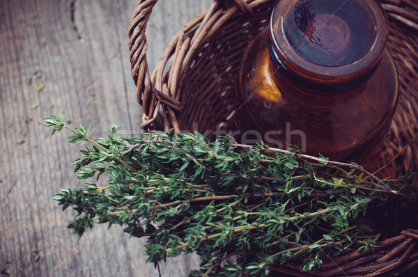 Farmácia garrafa cesta marrom vidro erva Foto stock © manera