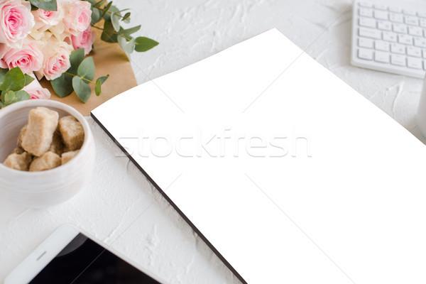 ストックフォト: フェミニン · コーヒー · バラ · 雑誌 · ロマンチックな · カバー