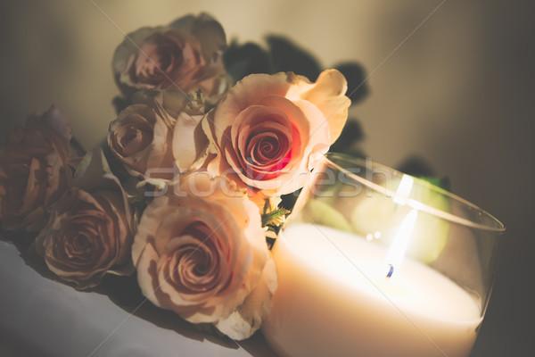 Mooie beige rozen brandend kaars vintage Stockfoto © manera
