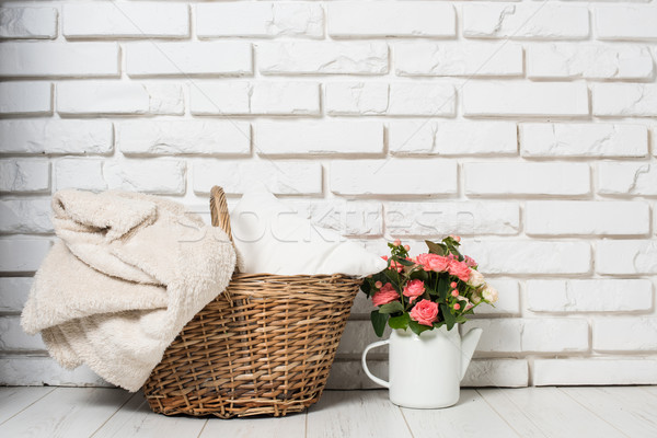 Kényelmes vidék lakberendezés virágcsokor rózsaszín rózsák Stock fotó © manera