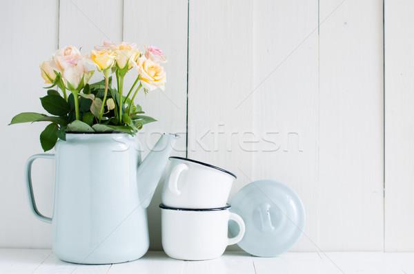 ヴィンテージ ホーム アレンジメント 夏の花 納屋 壁 ストックフォト © manera