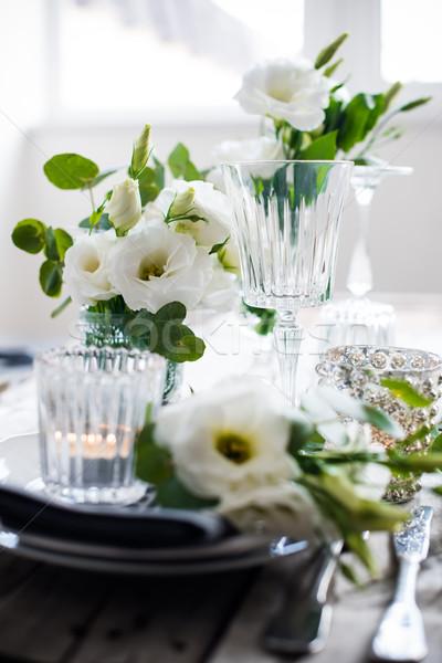Verão casamento tabela decoração flores brancas velas Foto stock © manera
