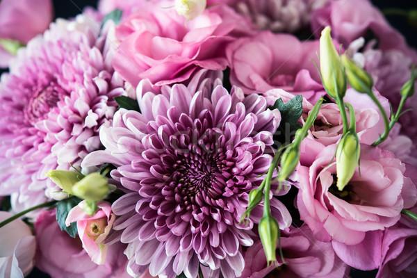 Virágcsokor rózsaszín virágok közelkép krizantém elegáns Stock fotó © manera