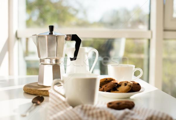 Wcześnie rano francuski domu śniadanie kawy cookie Zdjęcia stock © manera