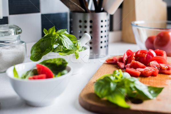 ストックフォト: 材料 · 料理 · 新鮮な · バジル · 切り · トマト