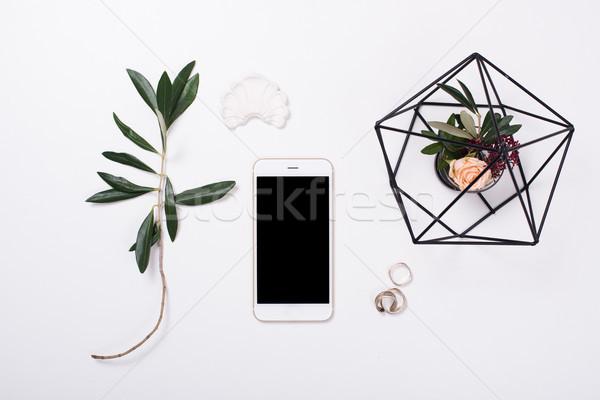 ストックフォト: フェミニン · スマートフォン · 白 · ホームオフィス · 装飾