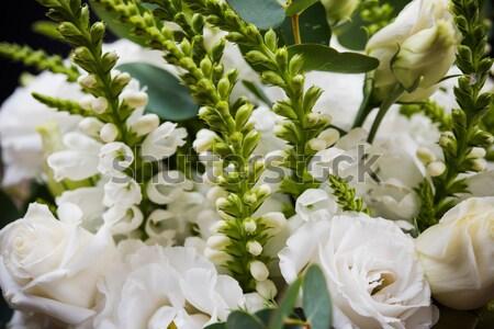 Elegáns fehér virágcsokor virágok levelek makró Stock fotó © manera