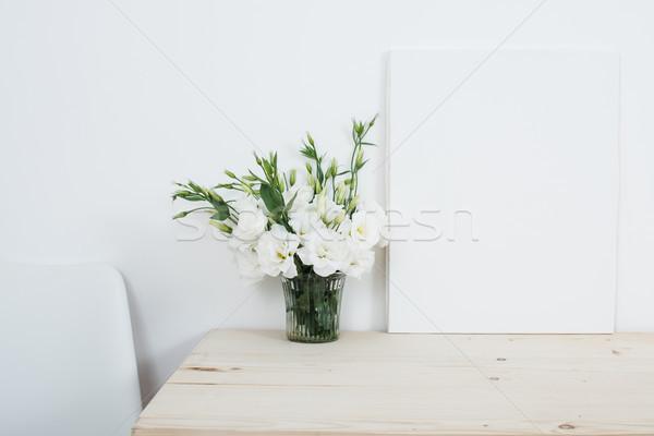 Beyaz iç taze doğal çiçekler Stok fotoğraf © manera