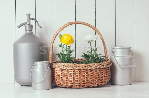 Lakberendezés friss természetes tavaszi virágok fonott kosár Stock fotó © manera