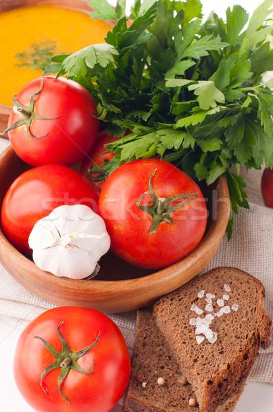 Vegetáriánus étel zöldségek gyógynövények kenyér közelkép csoport Stock fotó © manera