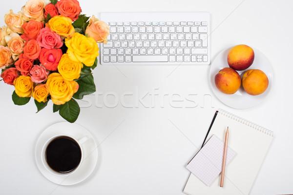 женский белый столе workspace цветы запуска Сток-фото © manera