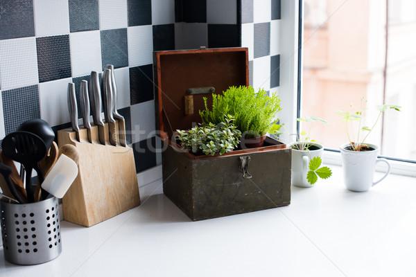 Keuken keukengerei moderne keuken interieur Stockfoto © manera