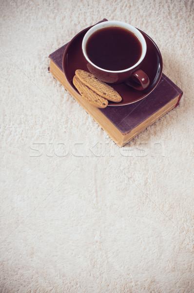 черный кофе Кубок Cookies домой полу книга Сток-фото © manera
