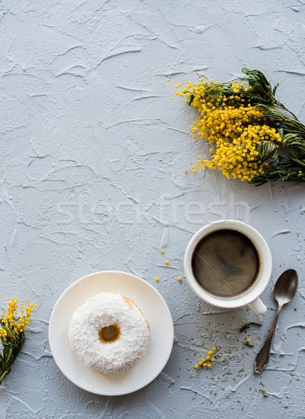 Foto d'archivio: Cup · ciambella · concrete · fiori · rustico