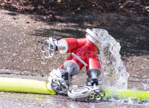 Szelep víz csobbanás ki piros csobbanás Stock fotó © manfredxy