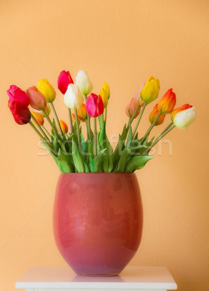 Tulipano vaso primo piano fiori rosso Foto d'archivio © manfredxy