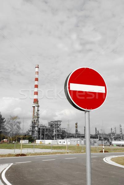 Stock fotó: Stop · szennyezés · elhagyatott · ipari · olajfinomító · égbolt
