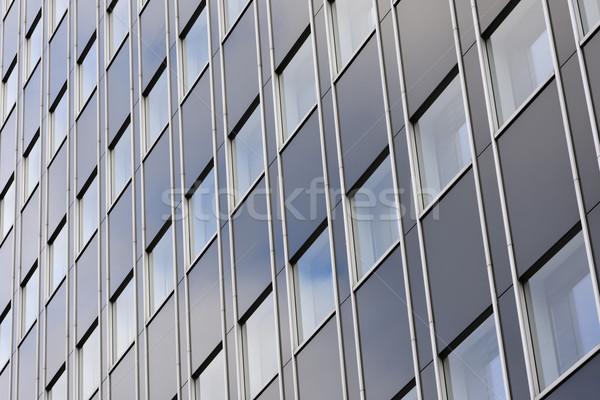 Edificio de oficinas fachada moderna edificio pared ventana Foto stock © manfredxy