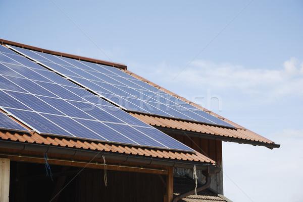 太陽エネルギー 再生可能エネルギー 太陽光発電 屋根 環境 生態学 ストックフォト © manfredxy