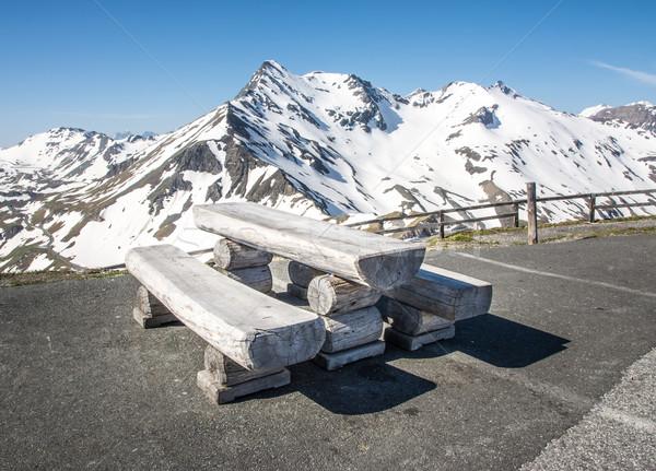 альпийский пикника высокий дороги весны древесины Сток-фото © manfredxy
