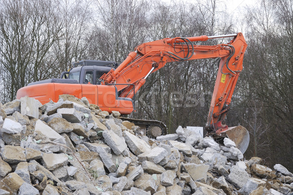 Yıkım ev turuncu ağaçlar makinalar imha Stok fotoğraf © manfredxy