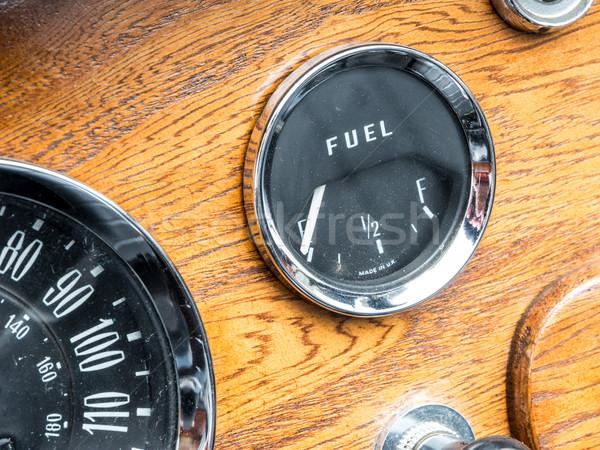 ヴィンテージ 燃料計 レトロな クローズアップ 交通 木製 ストックフォト © manfredxy