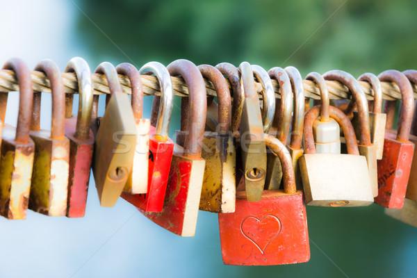 Voor altijd liefde symbool groep Rood roest Stockfoto © manfredxy