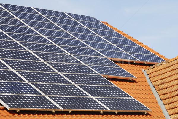 太陽光発電 屋根 電気 世代 ソーラーパネル 建物 ストックフォト © manfredxy