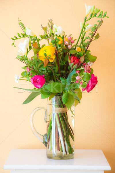 весенний цветок букет ваза цветы красный Сток-фото © manfredxy
