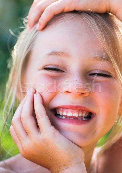 Fille souriant visage heureux modèle Photo stock © Marcogovel