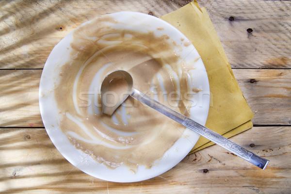 汚い プレート クリーム 食品の調製 キッチン 食品 ストックフォト © marcoguidiph