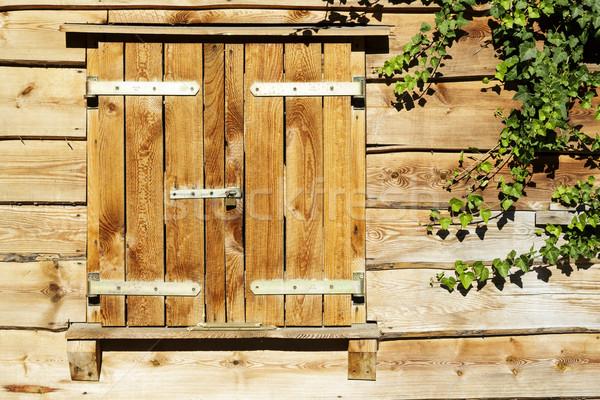Fenêtre fermé façade bois Photo stock © marekusz