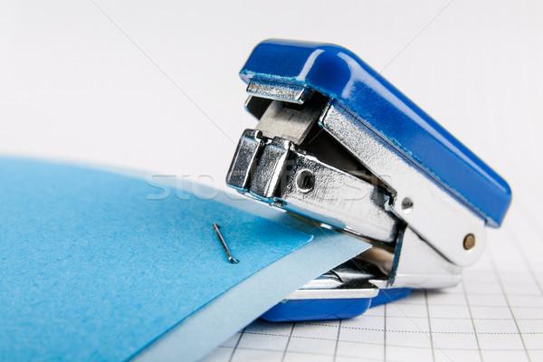 Tűzőgép kettő színes papír dolgozik irat Stock fotó © marekusz