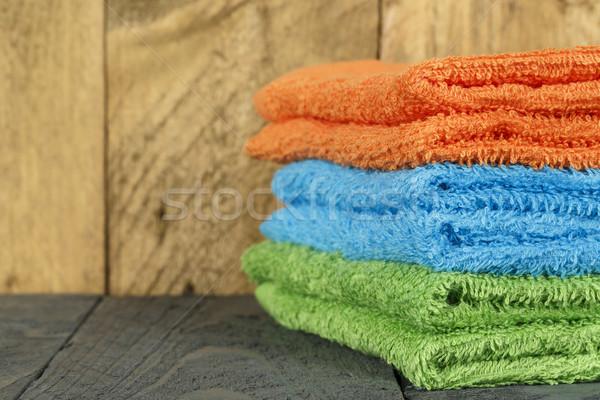 Törölközők foltos fa egészség szövet fürdőszoba Stock fotó © marekusz