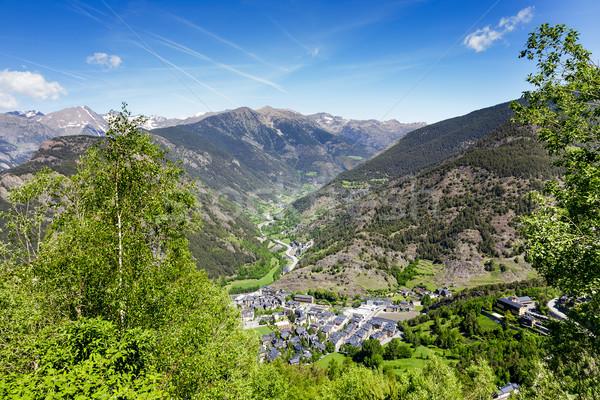Charmant stad vallei bergen schoonheid Stockfoto © marekusz