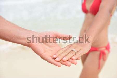 Yeni evliler plaj düğün halkalar gündelik Stok fotoğraf © Maridav