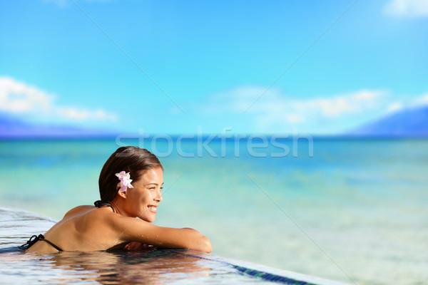расслабляющая бассейна женщину праздников отпуск путешествия Сток-фото © Maridav