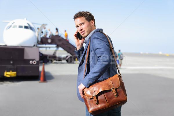 Aeropuerto hombre de negocios avión jóvenes masculina Foto stock © Maridav