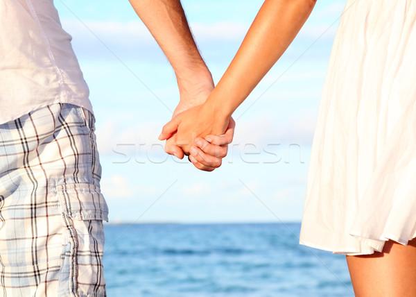 Stockfoto: Holding · handen · paar · strand · romantische · liefde · geluk