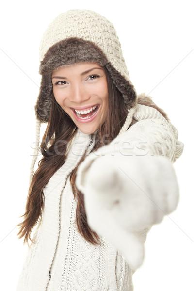 Stockfoto: Winter · vrouw · wijzend · kleding · schreeuwen · vreugde