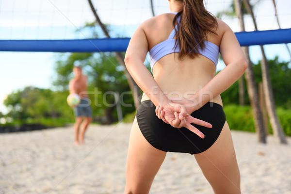 Tengerpart röplabda nő játékos kézjel játék Stock fotó © Maridav