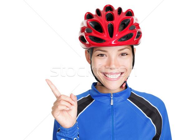 Fiets helm vrouw wijzend witte fiets Stockfoto © Maridav