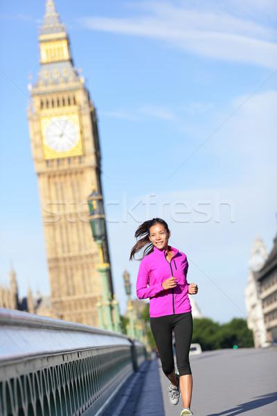 Vrouw lopen Londen Big Ben vrouwelijke runner Stockfoto © Maridav