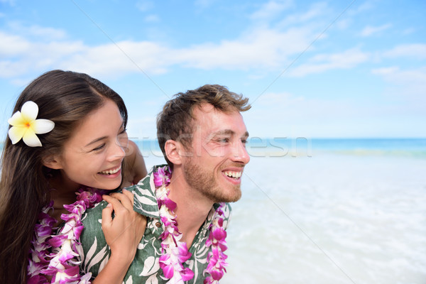 Plage couple Hawaii Voyage rire Photo stock © Maridav