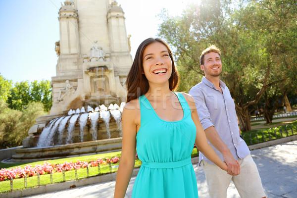 Para spaceru Madryt popularny turystycznych cel Zdjęcia stock © Maridav