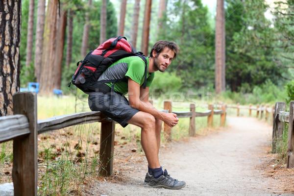 Stock fotó: Kirándulás · férfi · pihen · hátizsák · erdő · park