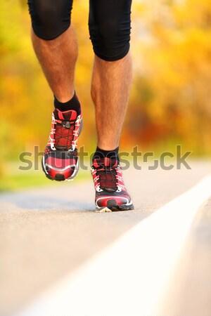 Zapatillas corredor correr fuera primer plano acción Foto stock © Maridav